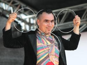 Mustkunstnik Alexander Mironov